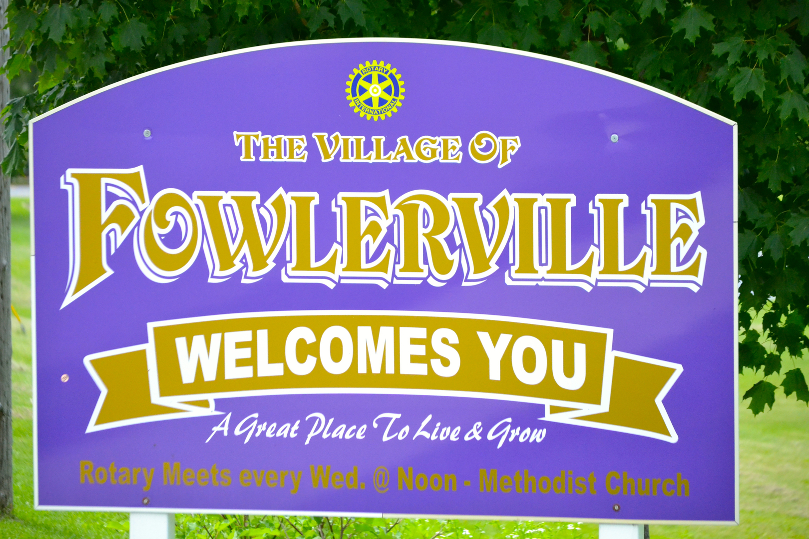 Fowlerville Welcome Sign