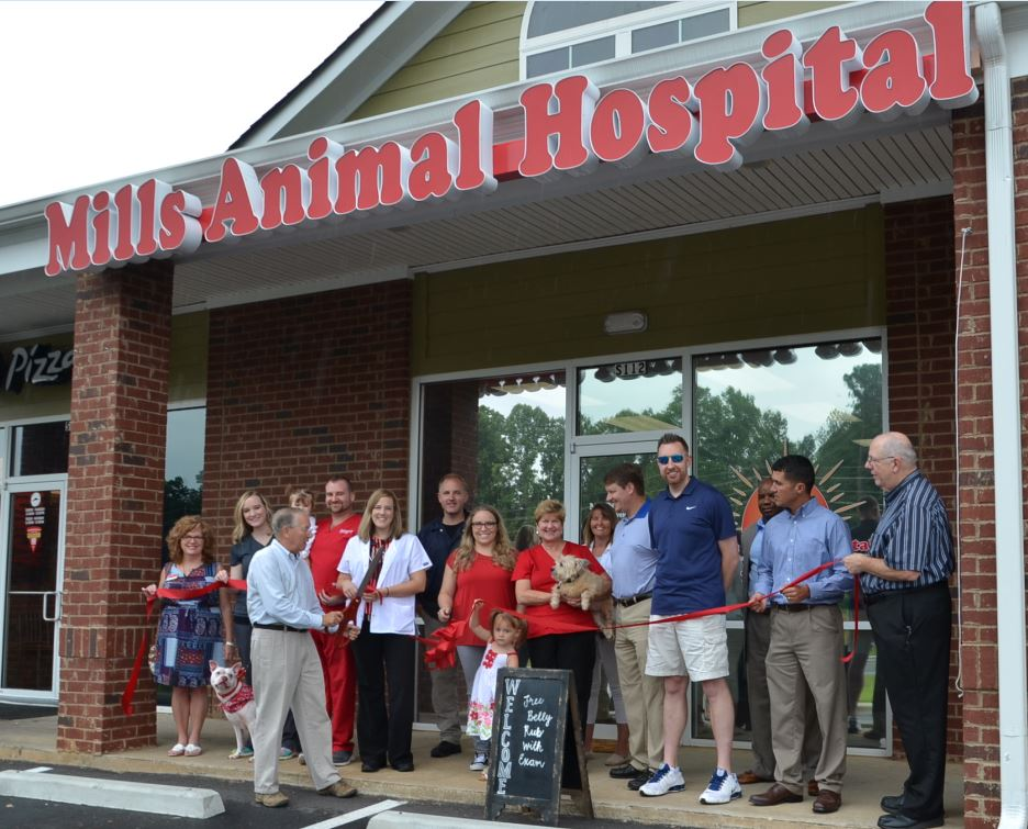 Photo of Ribbon Cutting for Mills Animal Hospital
