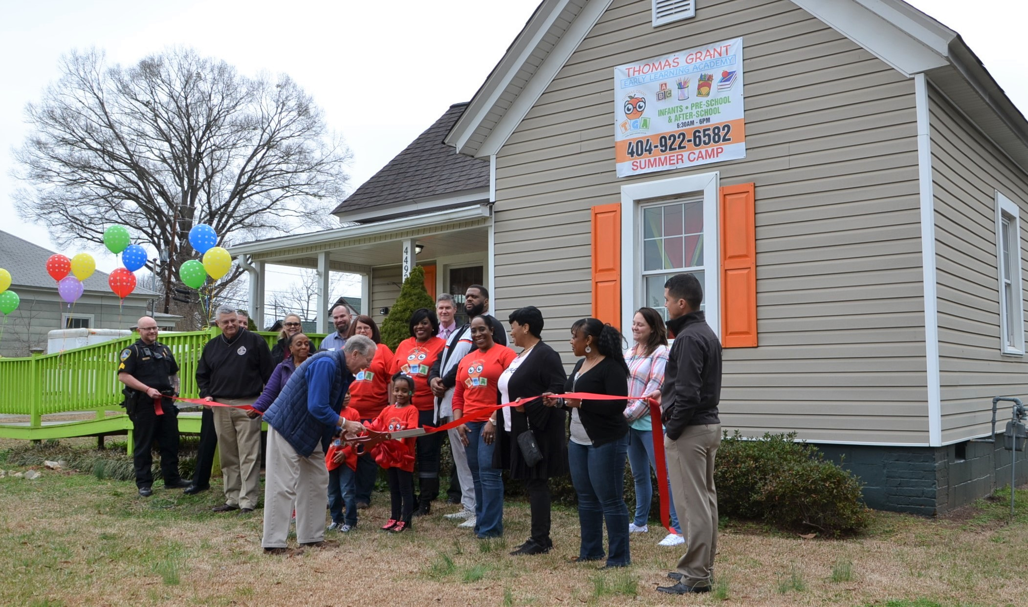 Image of Ribbon Cutting at Thomas Grant Early Learning Academy