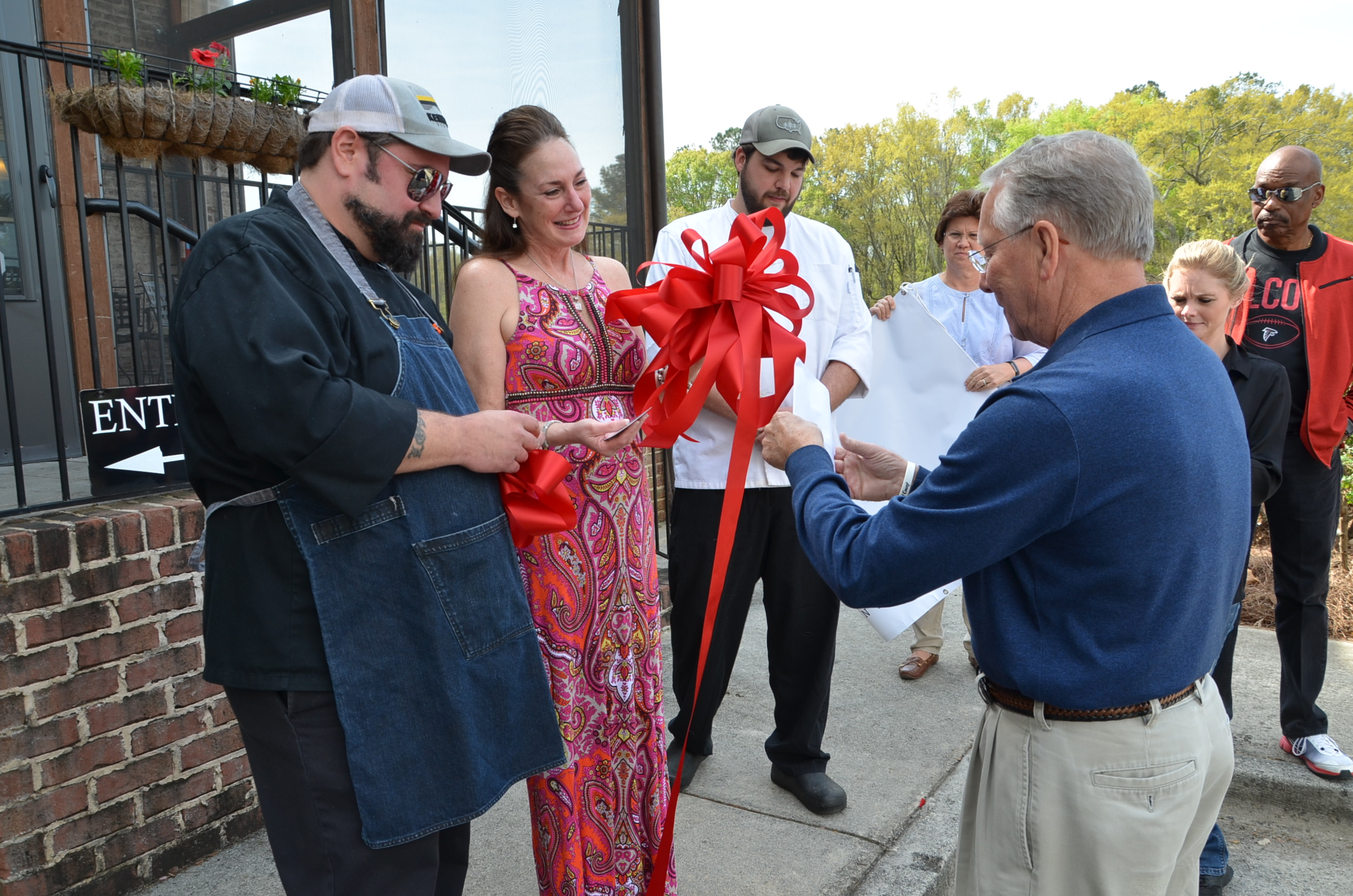 Image of Ribbon Cutting for Tapestry Restaurant