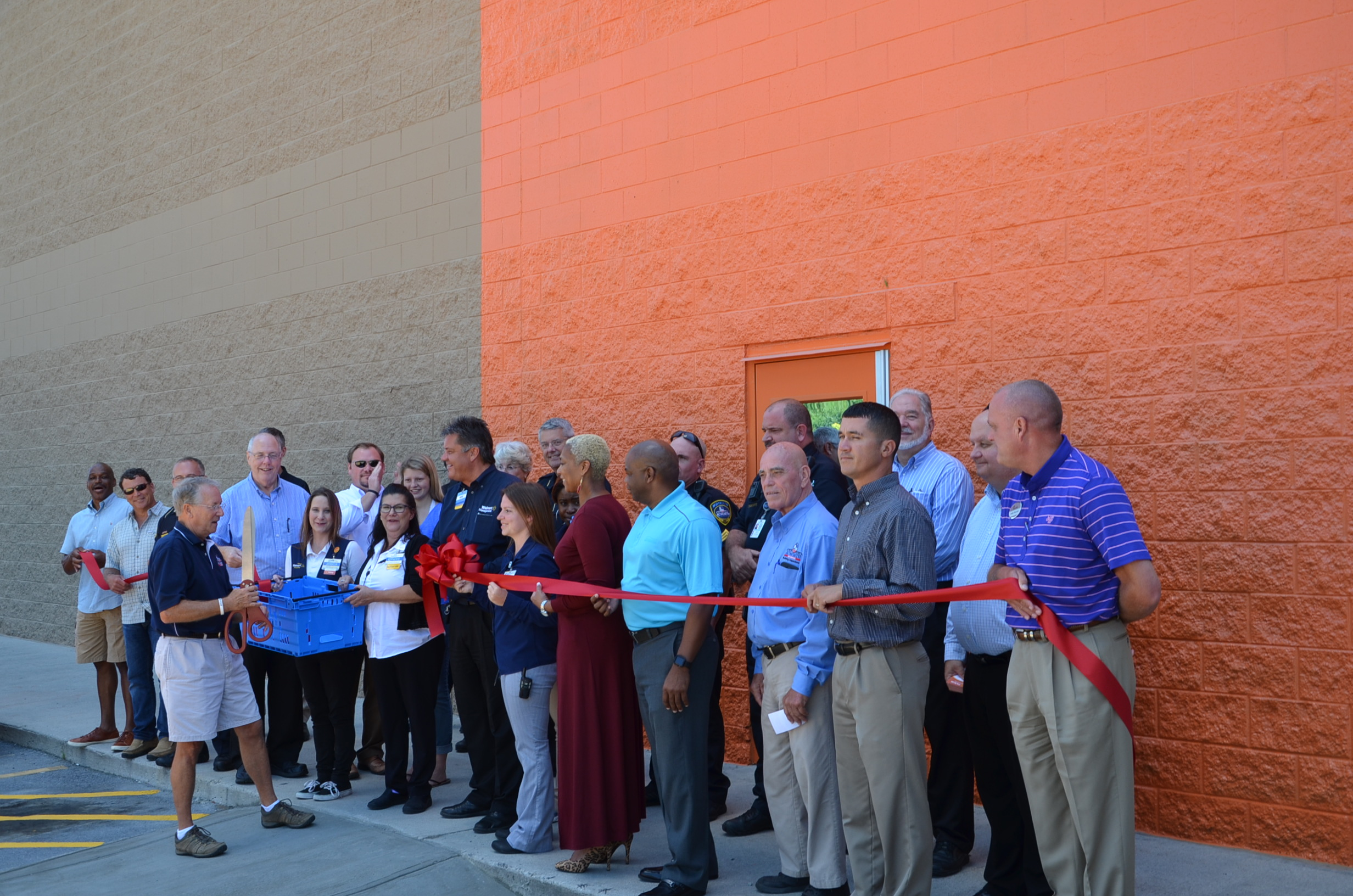 Image of Ribbon Cutting for Walmart Pick Up