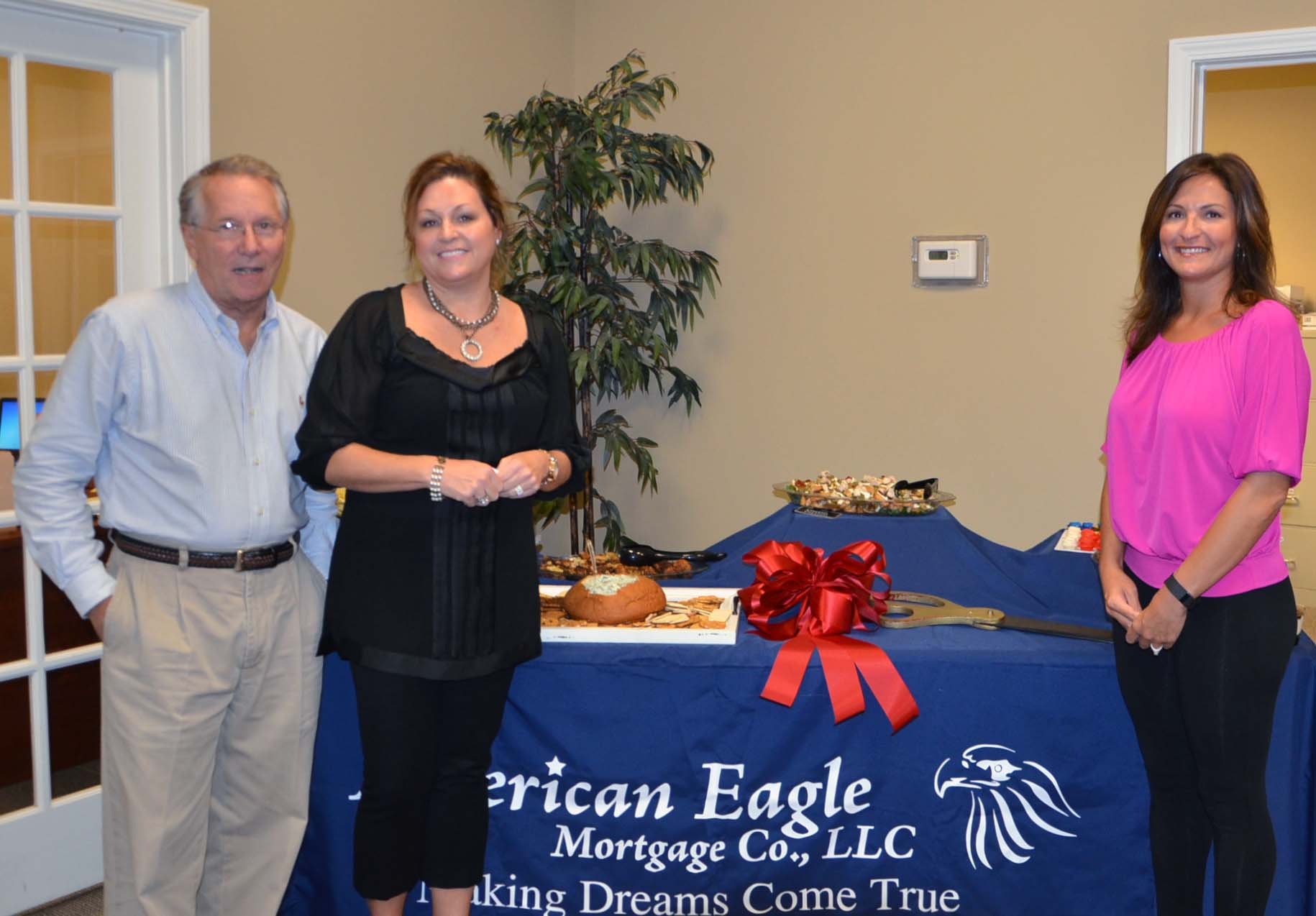 Ribbon Cutting for American Eagle Mortgage 4