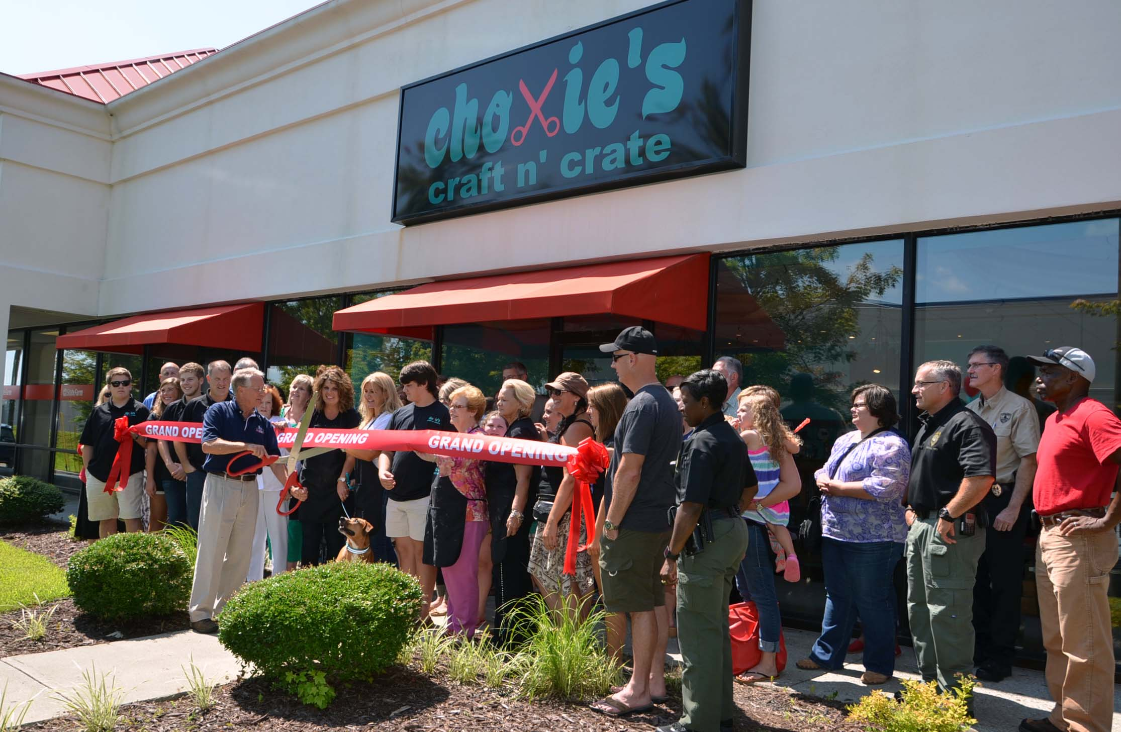 Ribbon Cutting for Choxie's Craft N' Crate 1
