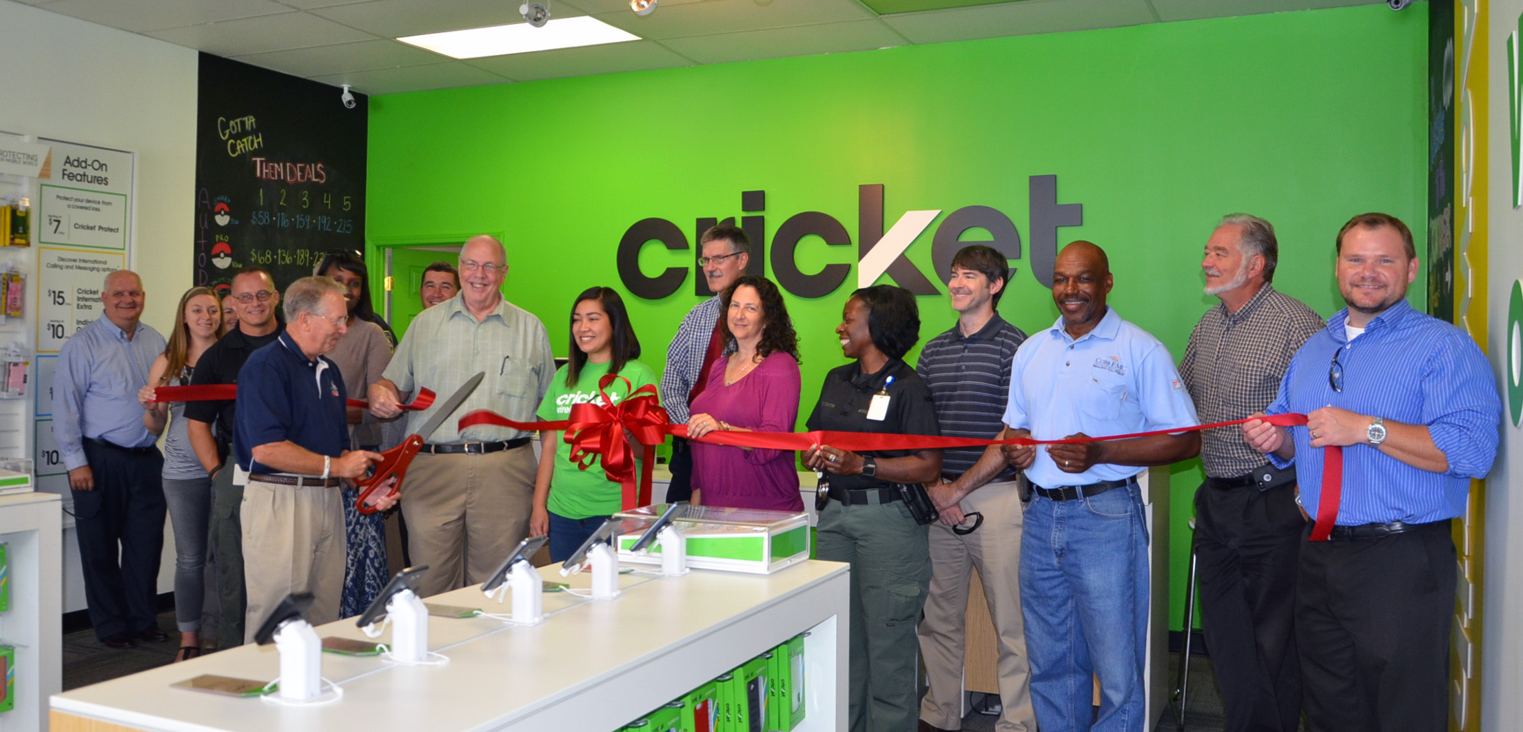 Ribbon Cutting for Cricket Wireless Photo 3