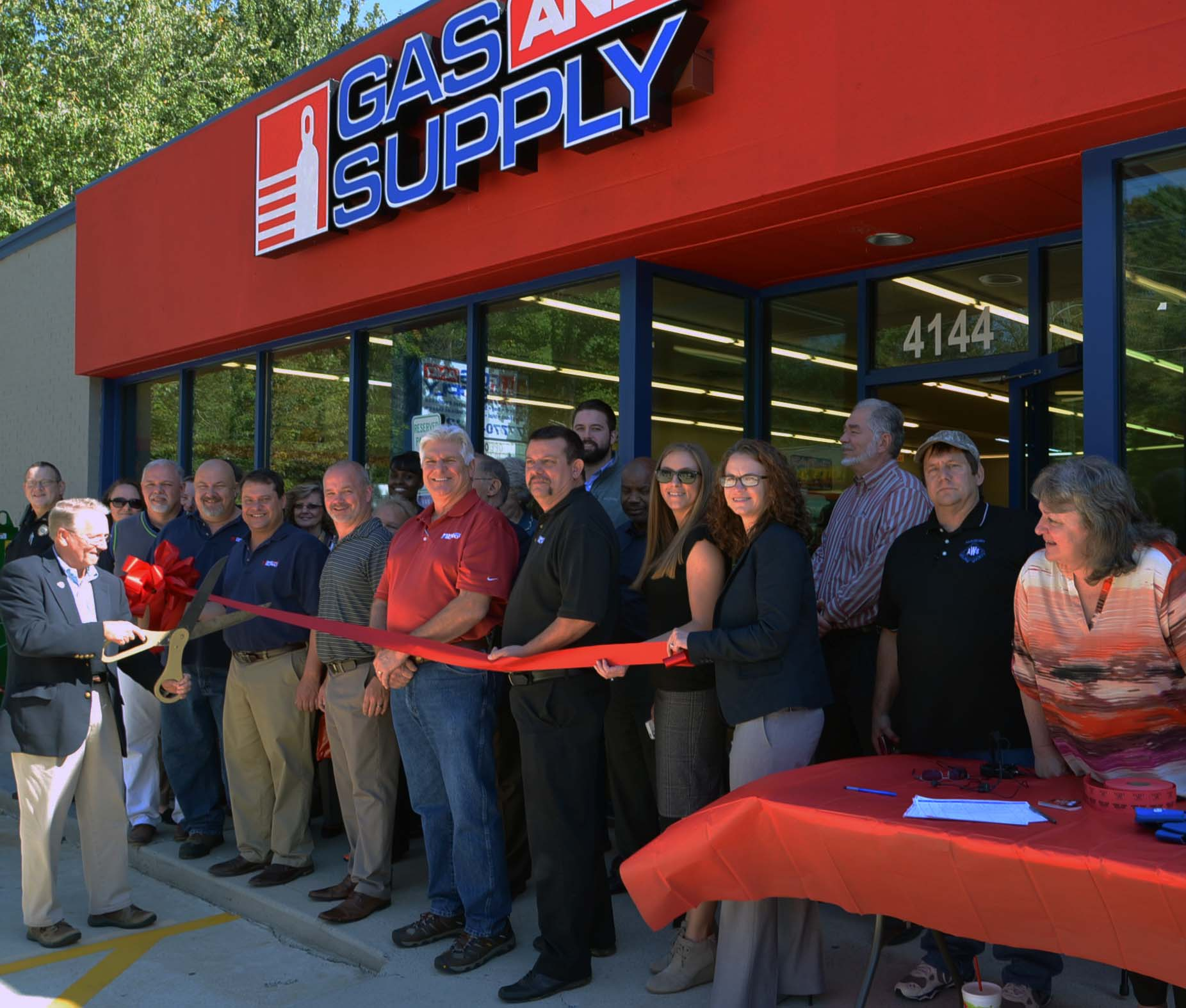 Ribbon Cutting for Gas & Supply 2