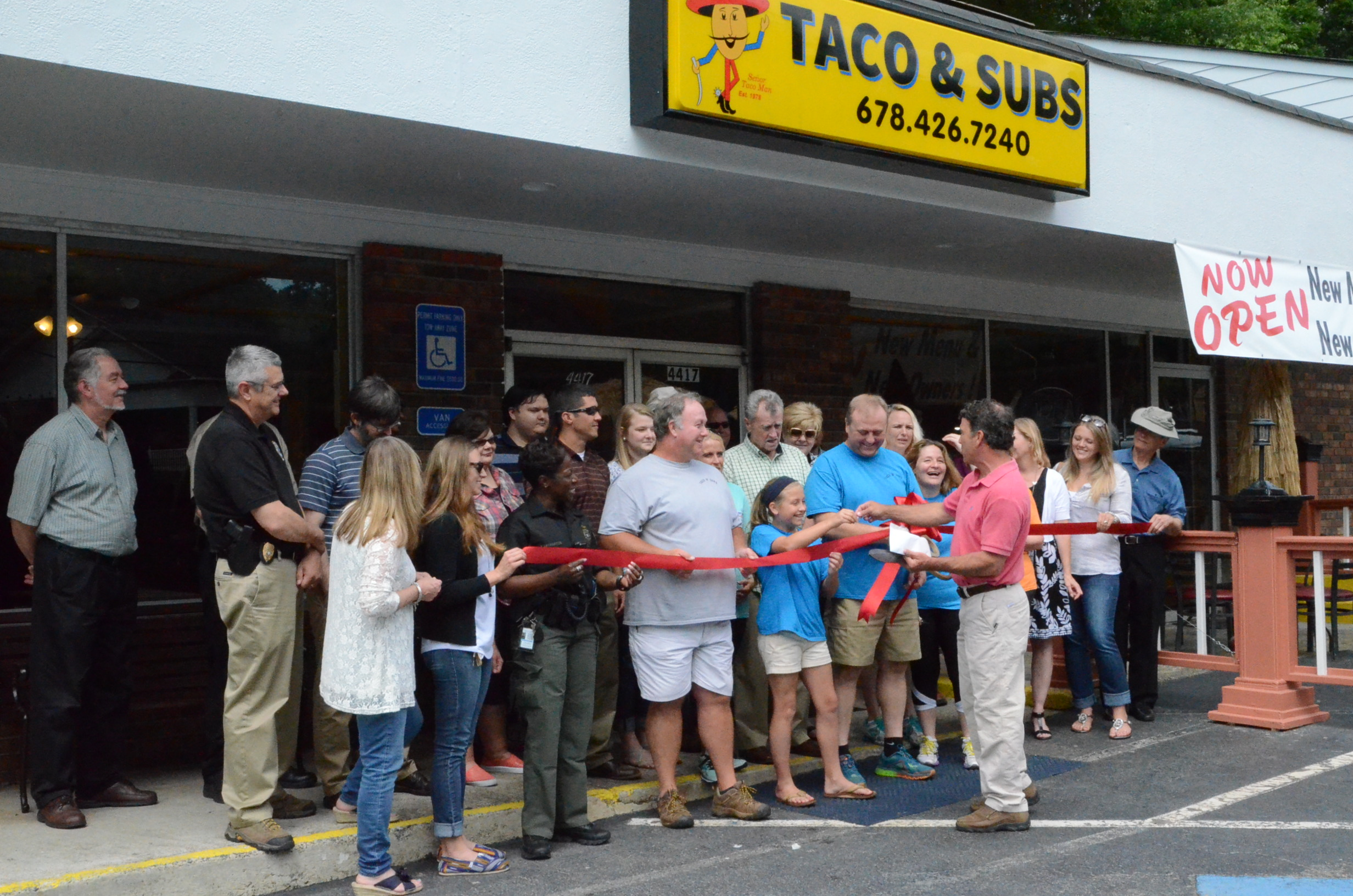 Ribbon Cutting for Tacos N' Subs 3