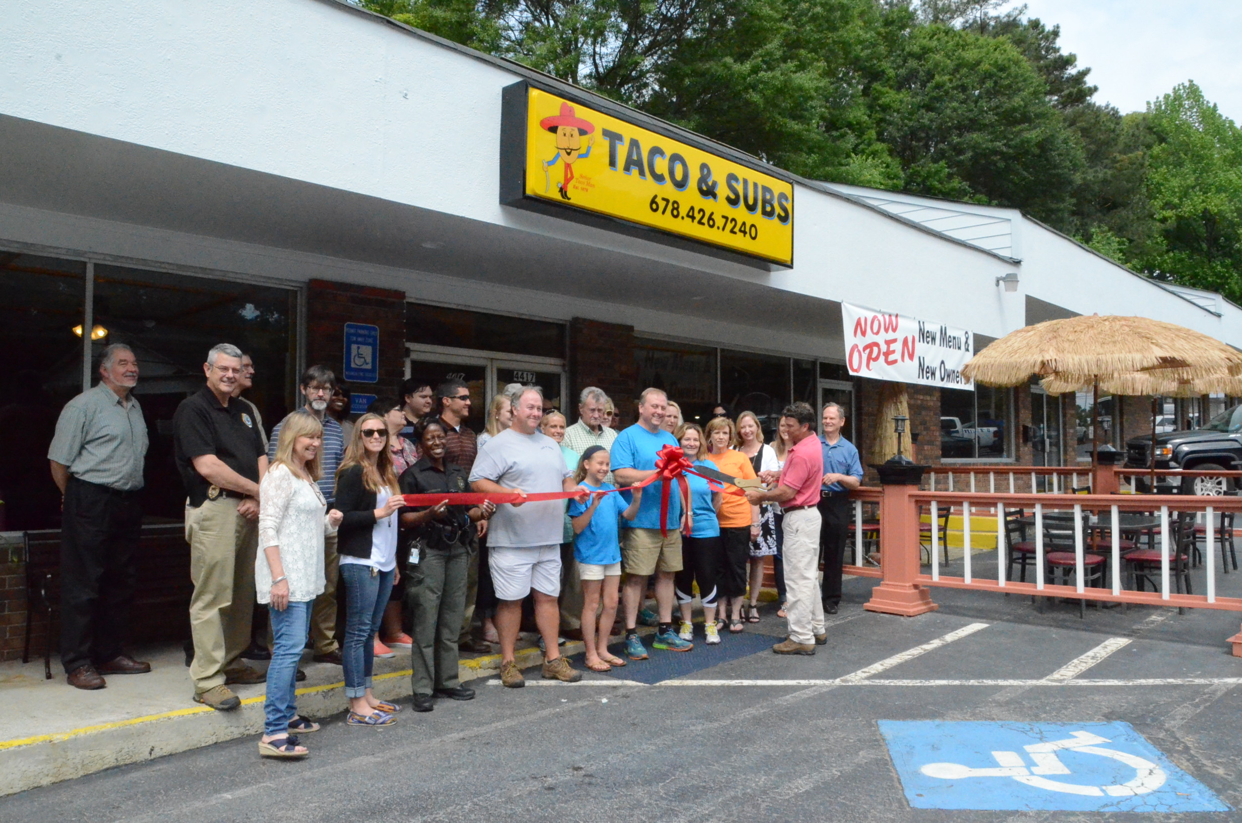 Ribbon Cutting for Tacos N' Subs 4