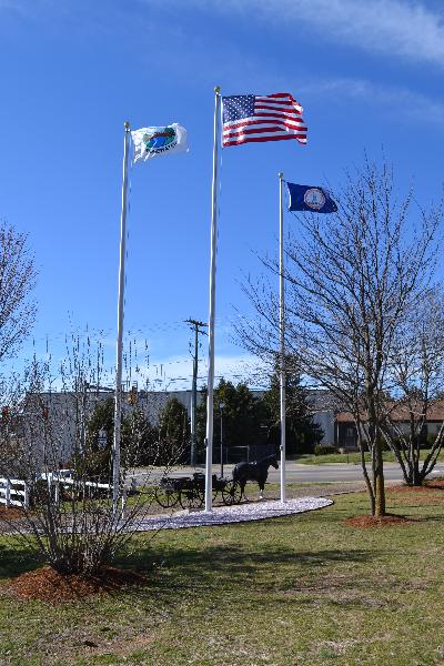 New Flag Poles at Dinkel-Harris Gateway at Warm Springs Turnpike Park (3)