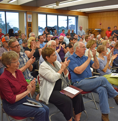 Crowd July 18 Candidate Forum web