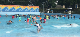 wave pool with kids